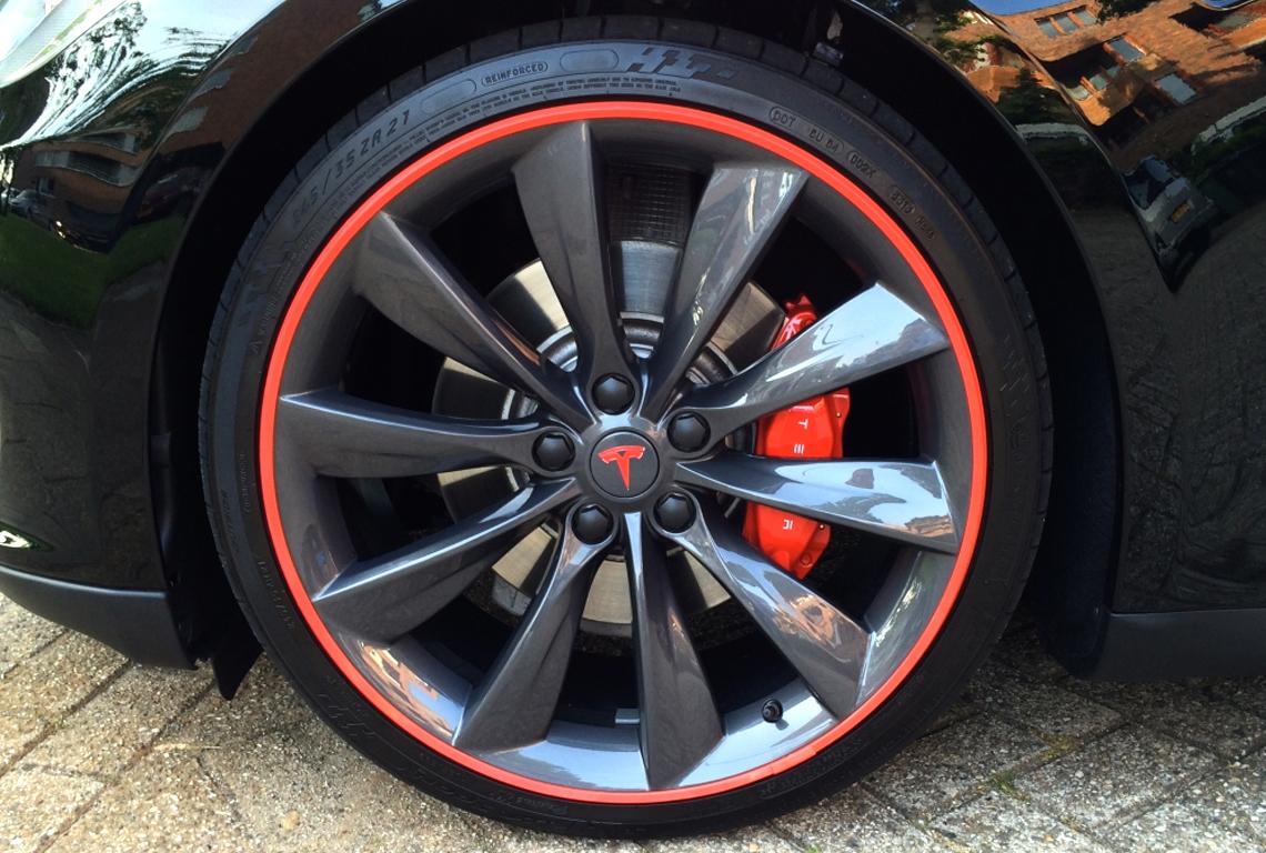 AlloyGators - Tesla Model S - Exclusive Red - TTW Installations