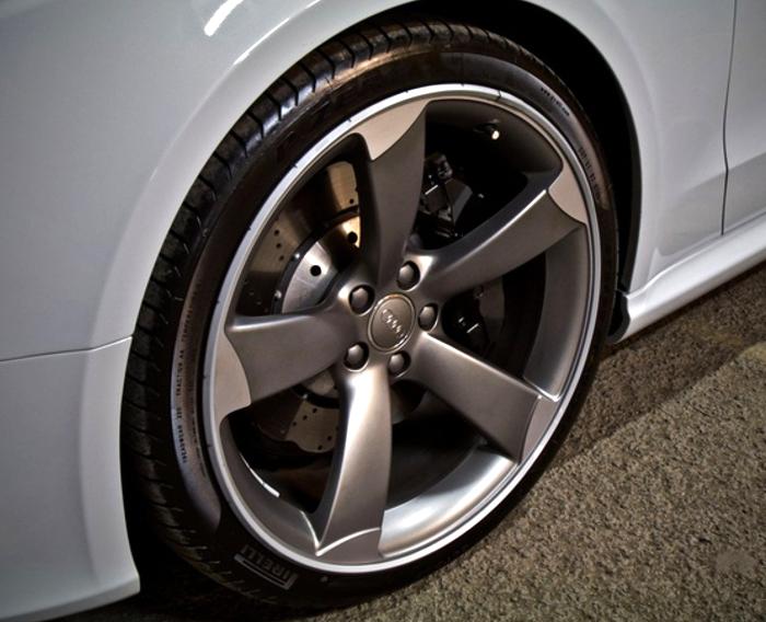 AlloyGators - Audi RS5 - Exclusive Silver - TTW Installations