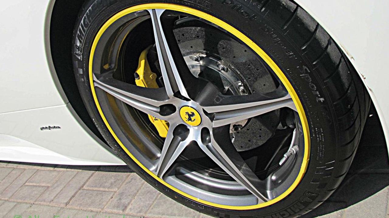 AlloyGators - Ferrari - Exclusive Yellow - TTW Installations